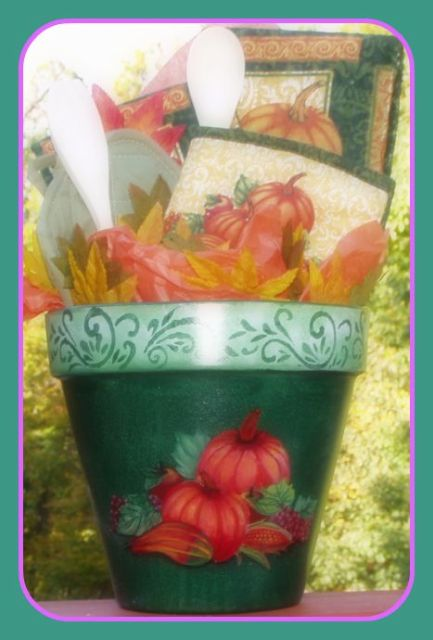 Fall Harvest Fantasy Giftcrock