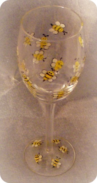Buzzy 'Lil Bees- Wine Glass
